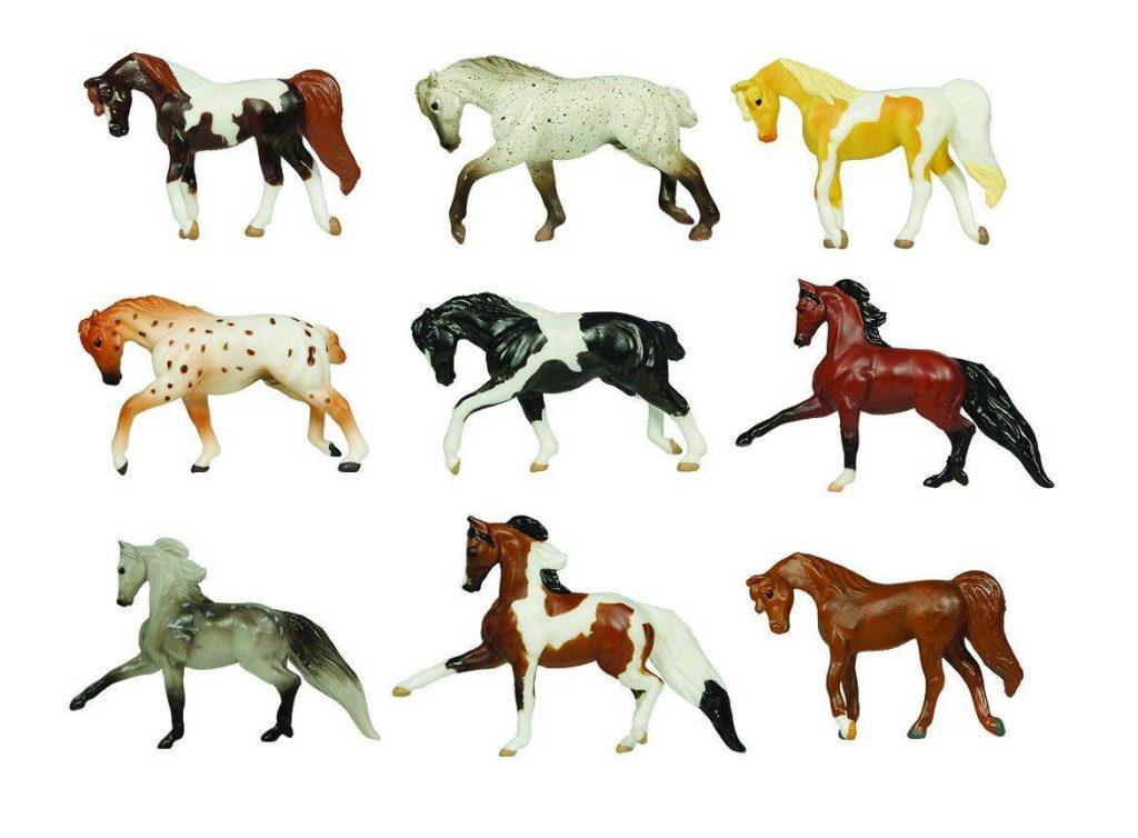 DIY horse ornaments